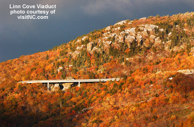 linn cove viaduct picture